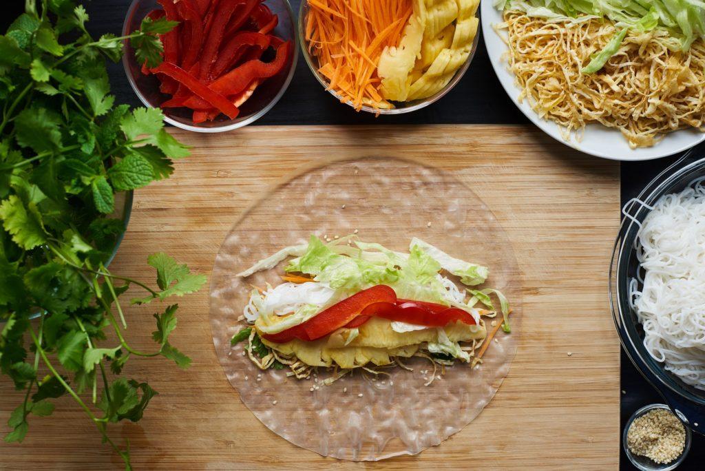 Vegane Sommerrollen, Vietnam, vietnamesische Küche, Erdnussdip